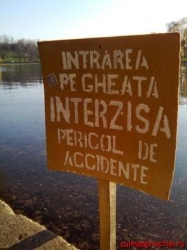 Intrarea pe gheaţă interzisă ... vara!